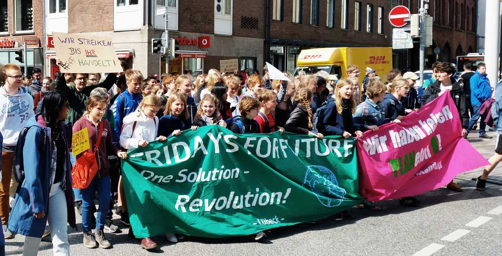 FFF demo in Luebeck, Germany, supported by Parents for Future